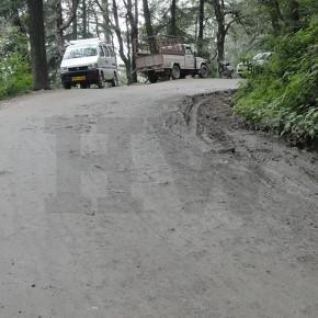 road-road-side-dranige