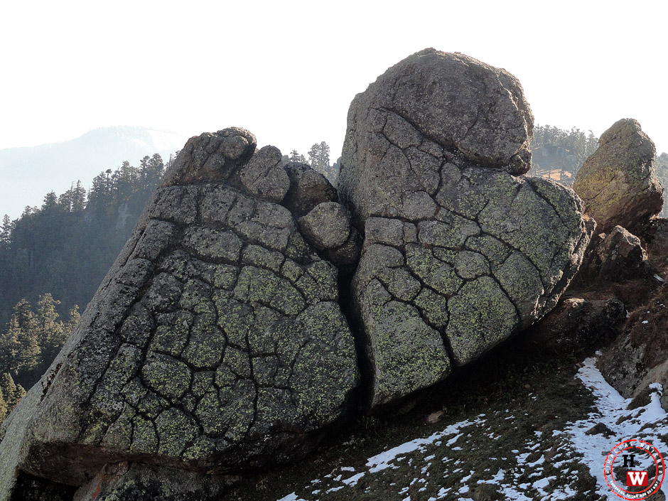 churdhar-rocks