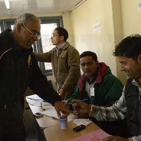 senior-citizen-voting