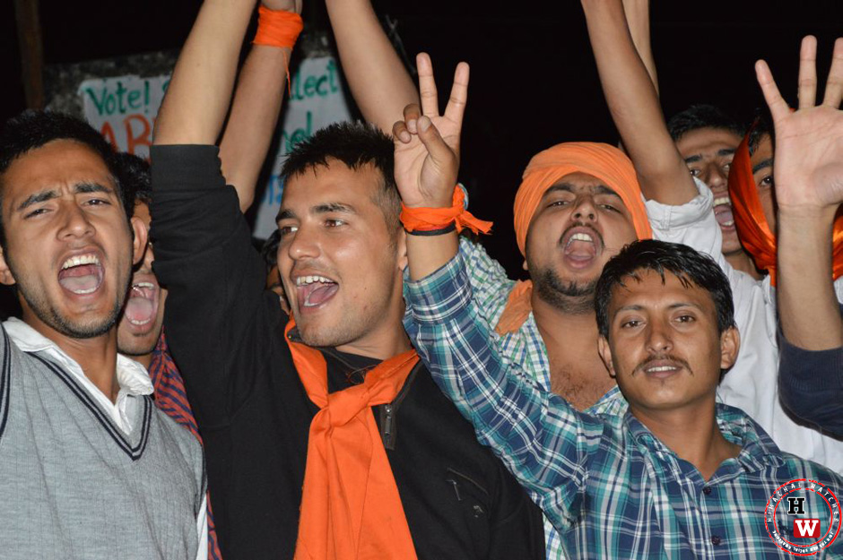 abvp-slogan-shouting-at-hpu