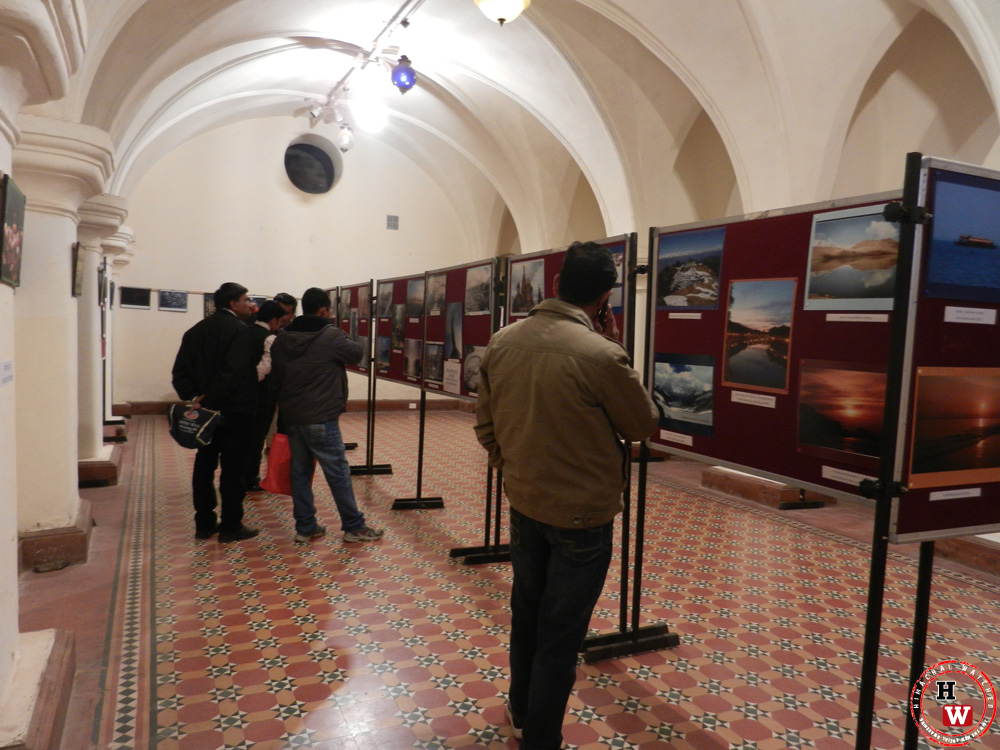 photo-exhibition-mall-gitey-shimla