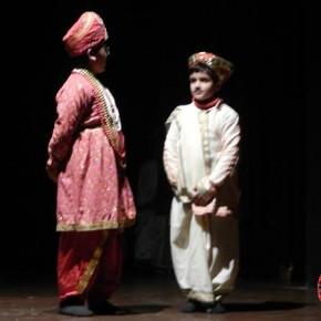 Ke-Kurta-Sukh-Bhara-staged-at-Gaiety