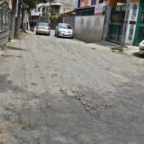 poor maintenace of shimla's roads