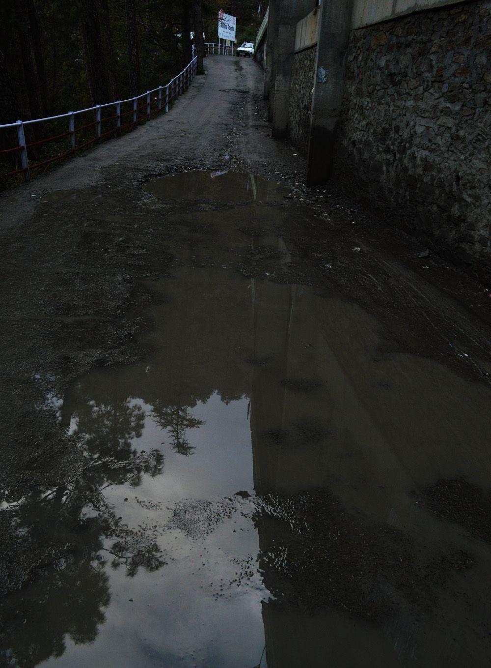 roads-in-shimla-are-poor