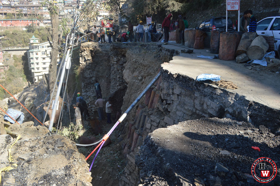 shimla-landslide-cart-road