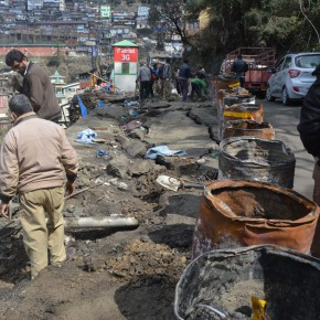 under-construction-shimla-cartroad-retaining-wall-jugaad-hppwd-mc-shimla