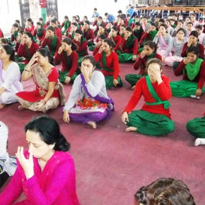 Girls in Shimla