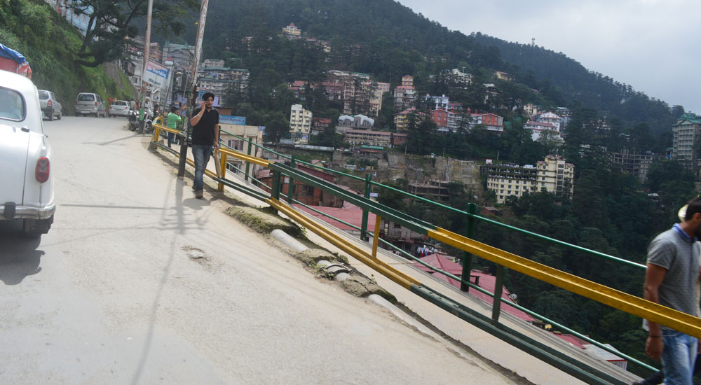 footpath-after-gurudwara-shimla-old-bus-stand-shimla