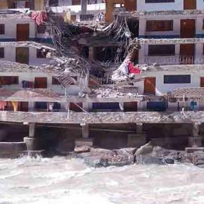 landslide-himachal-pradesh-at-least-10-killed-many-stuck-after-boulders-fall-on-gurudwara-manikaran-sahib