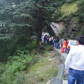 apple-truck-accident-chharabra-shimla-dhali-road
