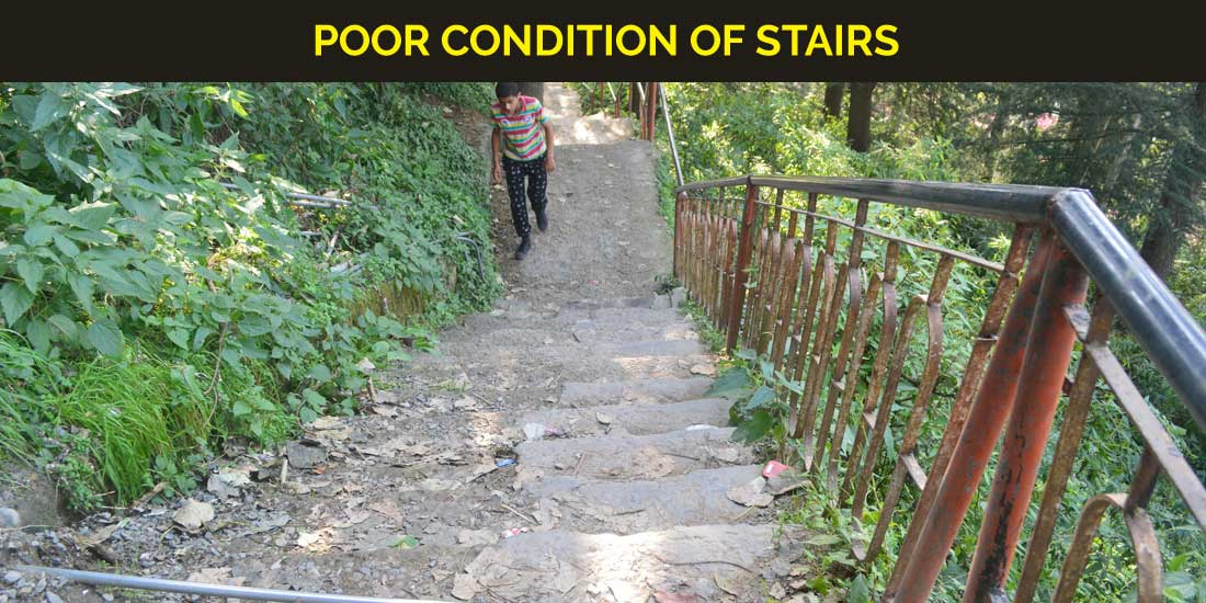 poor-condition-of-stairs-vikasnagar-bilani-shop
