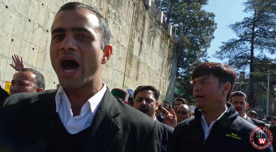 Shimla-Jaundice-Outbreak-protest
