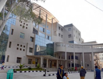 Tanda hospital's 100 crore super-specialty wing ill-equipped, not even functional