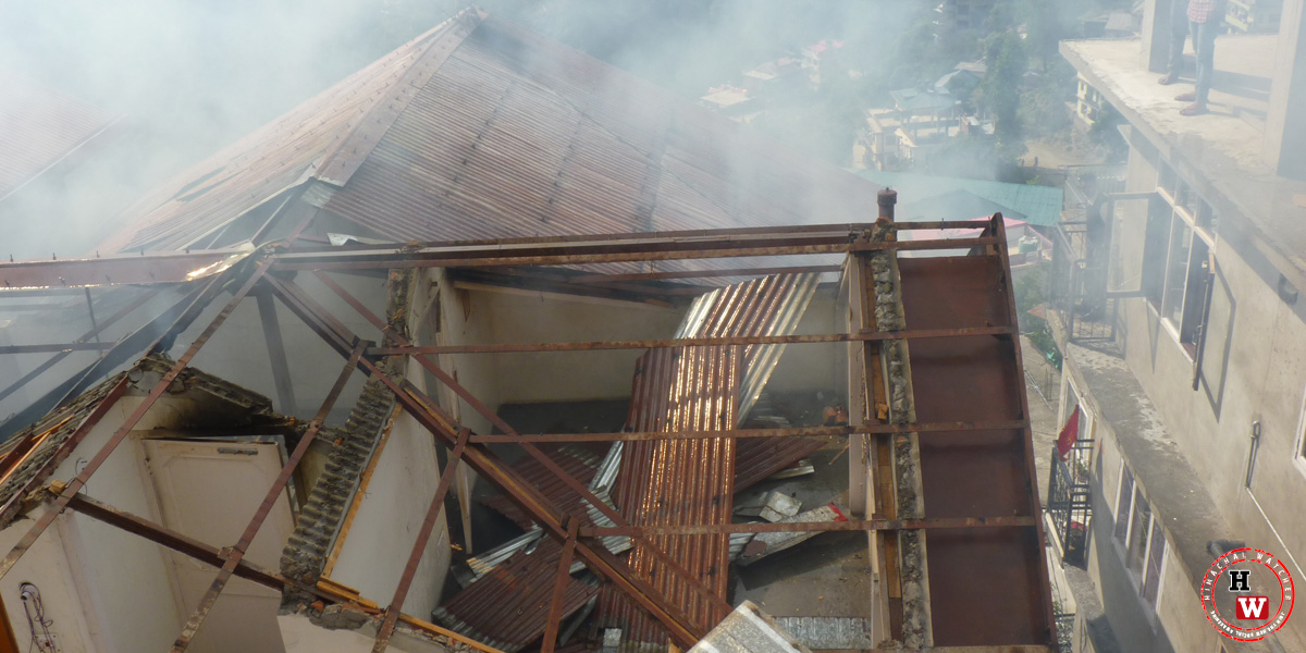 shimla-house-on-fire-vikasnagar