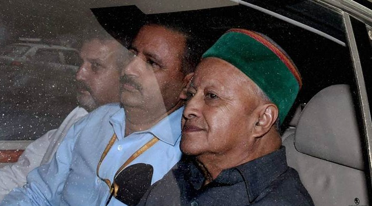 Virbhadra Singh appears before CBI