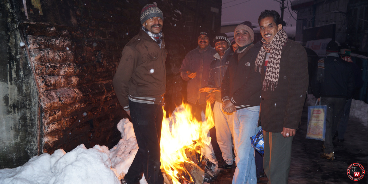bonfire-in-shimla-winters