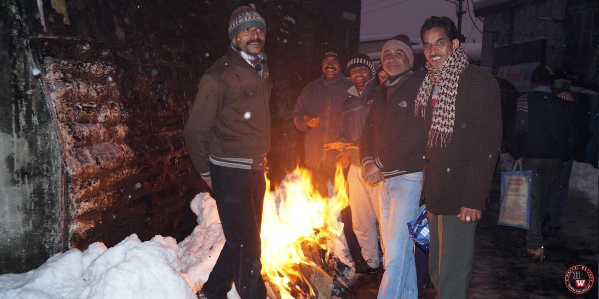 bonfire-in-shimla-winters