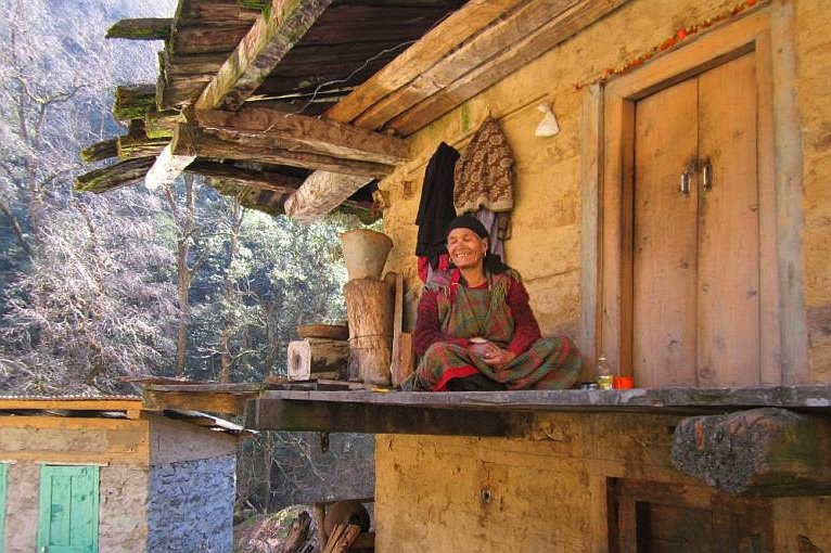 Woman lives in himalayan national park
