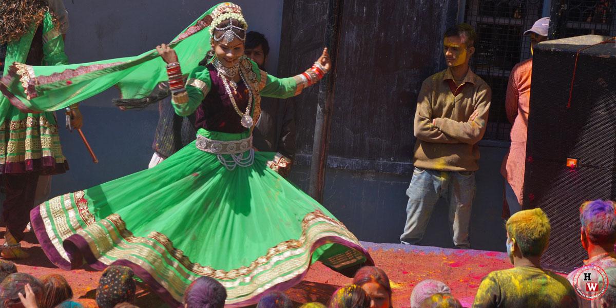 Radha-Krishan-Mandir-Shimla-Holi-Celebration