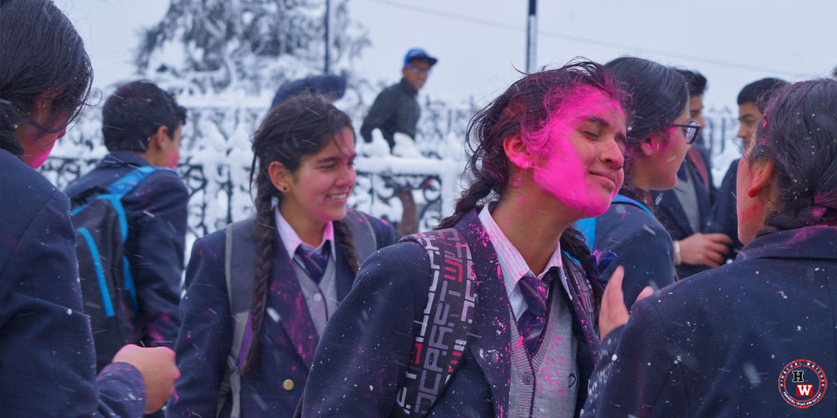 Shimla-School-Students-Playing-Holi