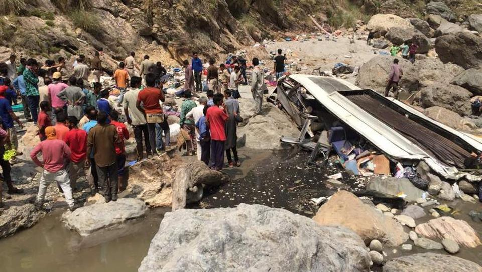 himachal bus accident photos 10