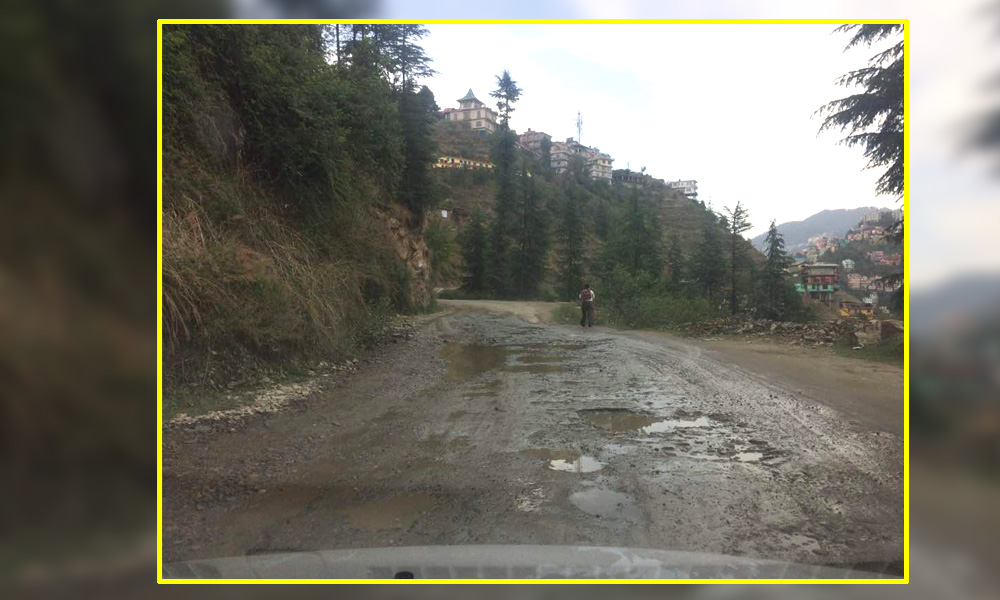APGOYAL-university-shoghi-bye-pass-road-in-a-pathetic-condition3