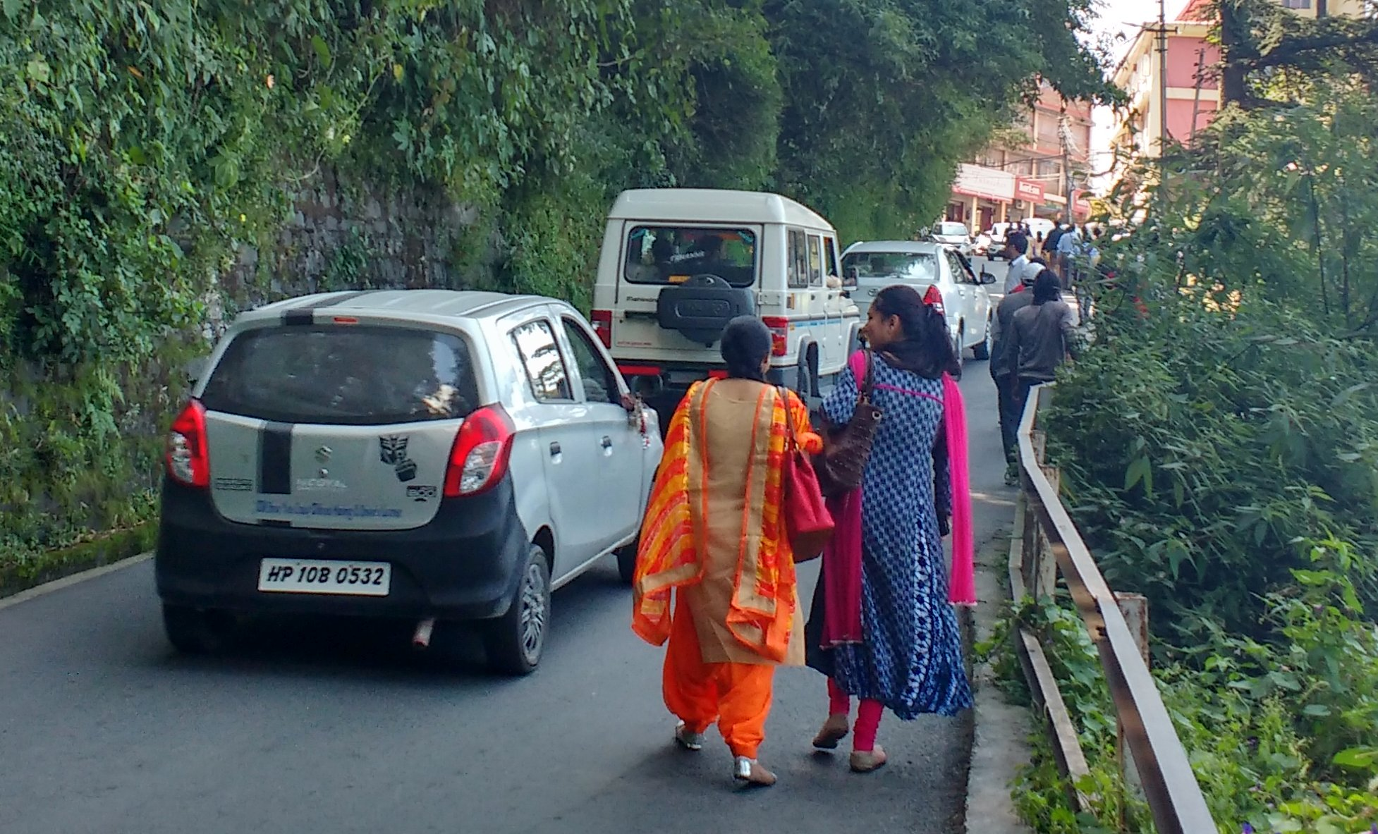 Demand for footpaths in shimla city