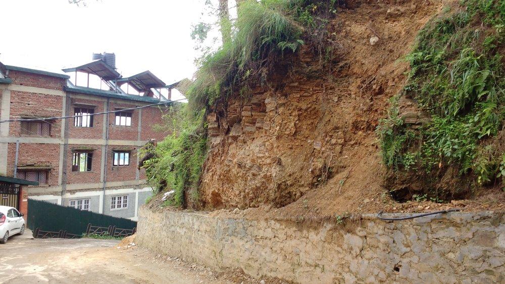 Landslide prone tutikandi shimla