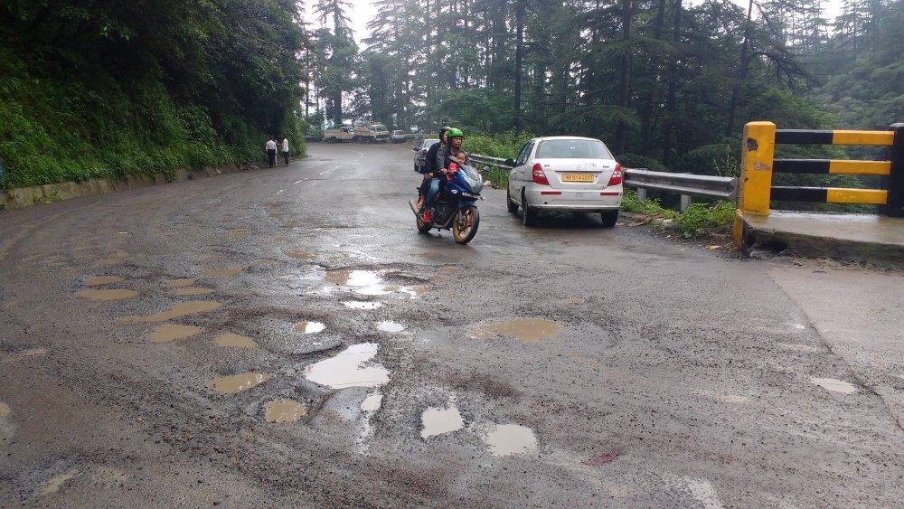 Shimla-Dhalli Bypass Potholes 3