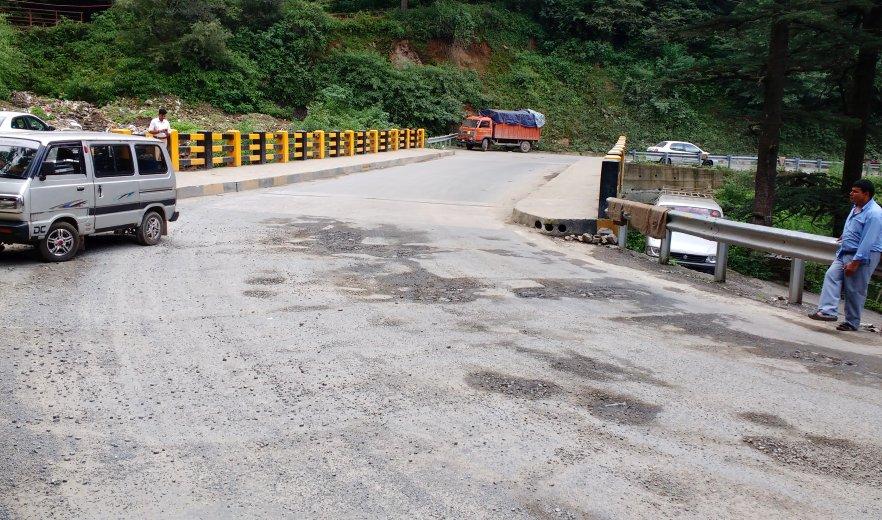 Shimla-Dhalli Bypass Potholes 4