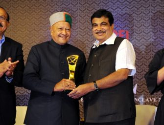 Himachal wins Best State Award in education, infrastructure and overall development