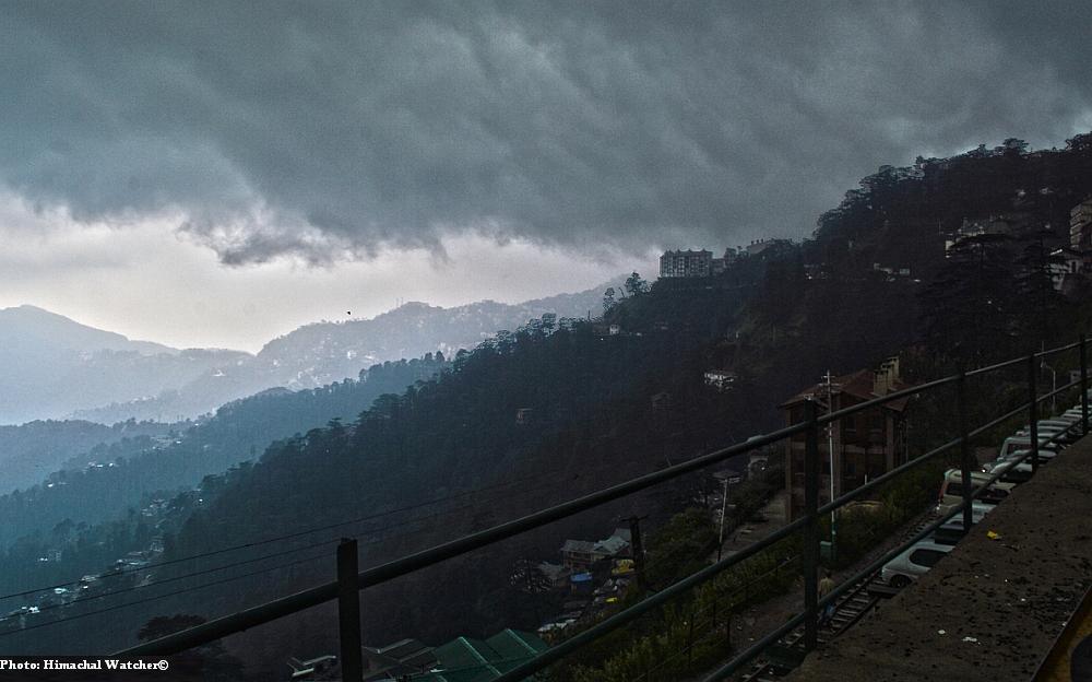Snow and rain in Himachal Pradesh