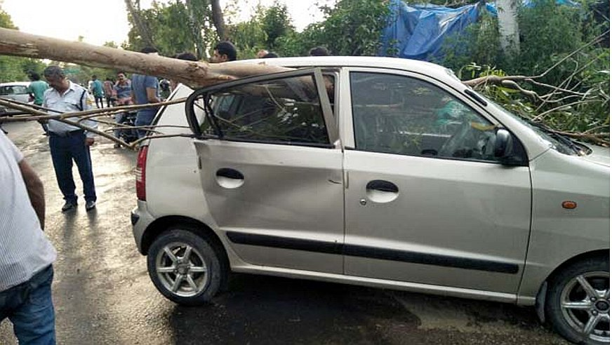 car accident in Kangra