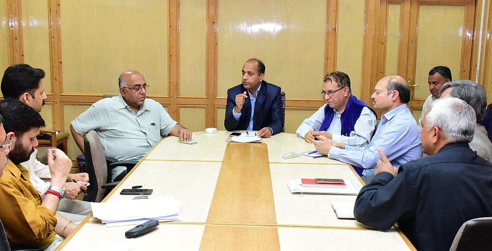 Jai Ram Thakur meeting over water crisis in Shimla