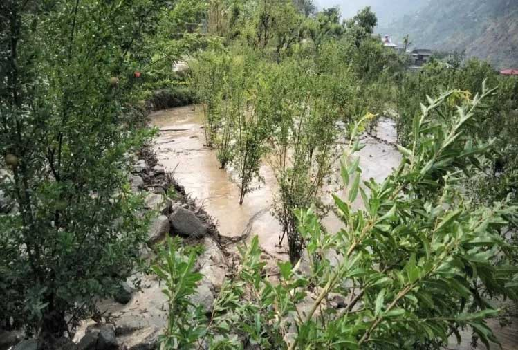 Cloudburst-hits-Darshal,-Matalani-villages-in-Rampur-2