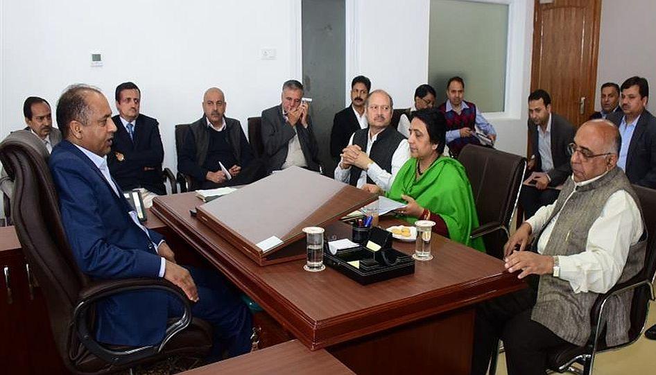 himachal cm in meeting