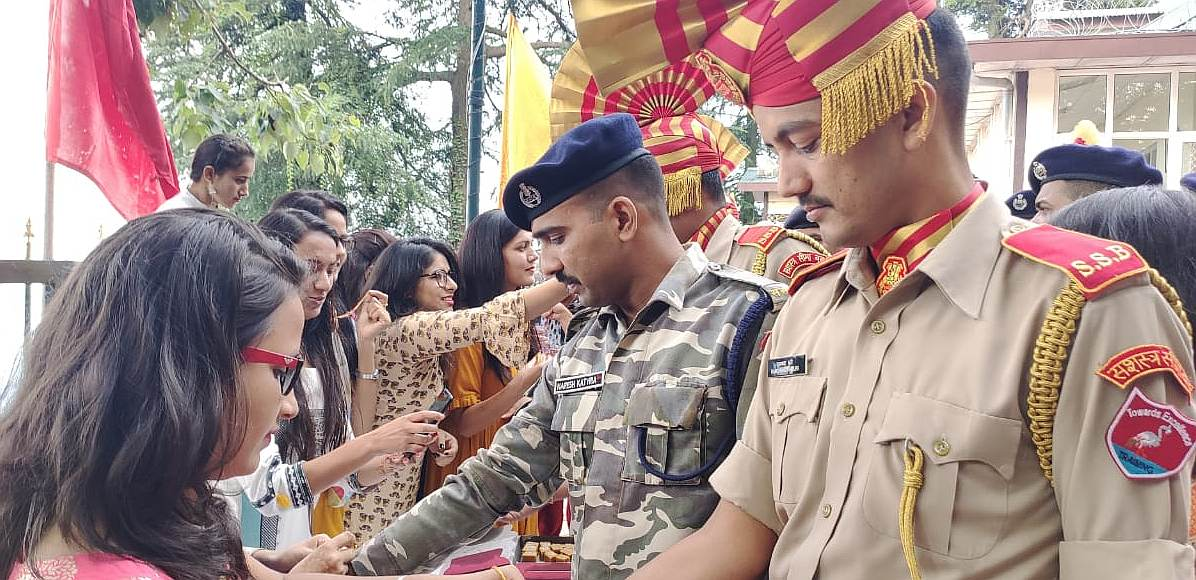 ABVP Celebrates Raksha Bandhan With SSB Shimla 3