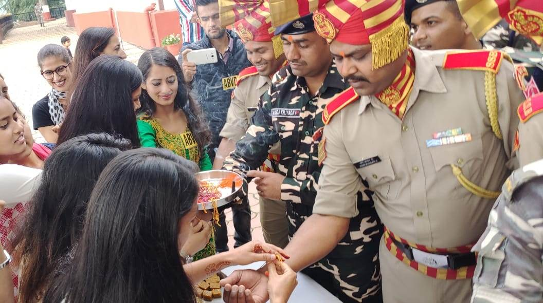 ABVP Celebrates Raksha Bandhan With SSB Shimla 4
