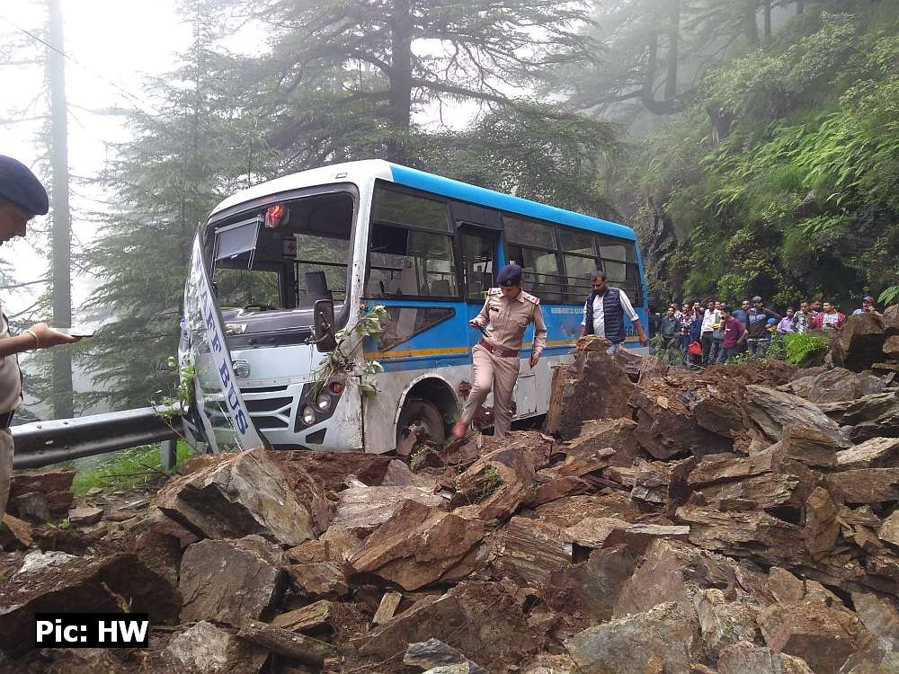 Landslide in Hassan Valley Shimla 3
