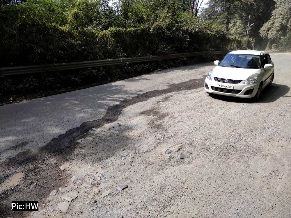 Shimla bypass road on NH 5 in poor condition 3