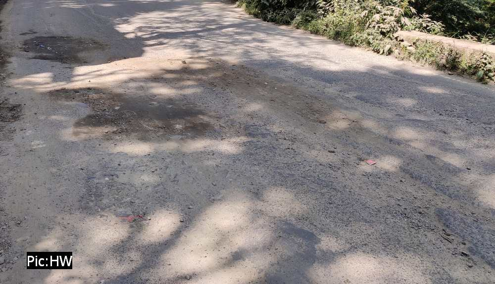 Shimla bypass road on NH 5 in poor condition 6