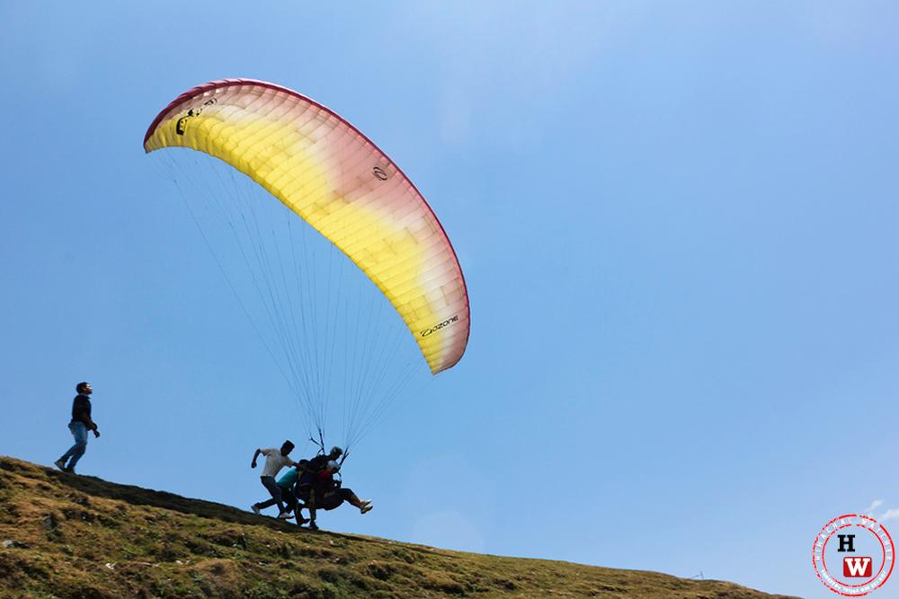 Paragliding accident in Manali
