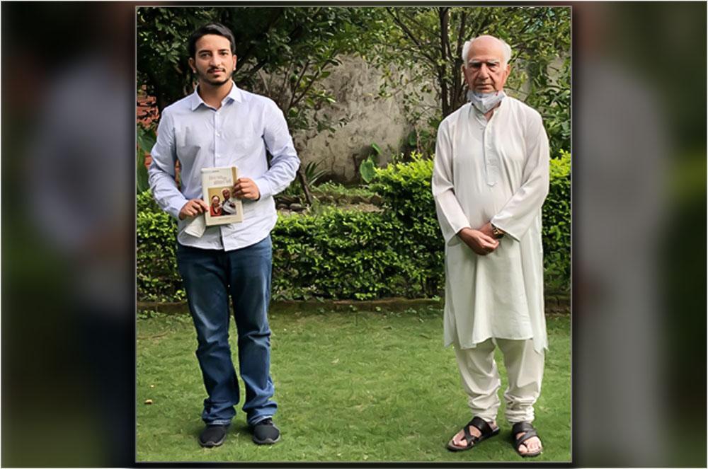 Shashwat Kapoor with shanta Kumar