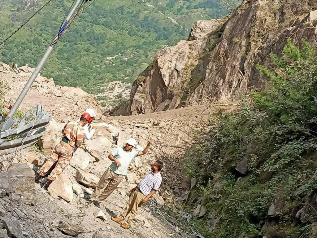 Kinnaur rescue operation pictures 4